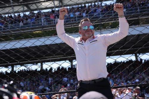 Michael Shank viert de eerst Indianapolis 500 zege van zijn team