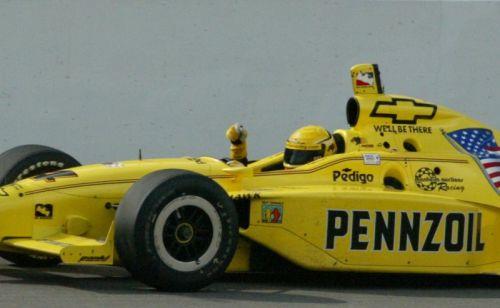 Sam Hornish wint in 2001 het kampioenschap met Chevrolet motoren