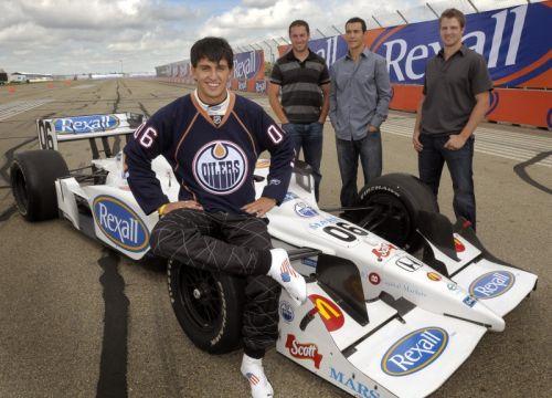 Graham Rahal met de nieuwe kleurstelling van zijn wagen voor Edmonton