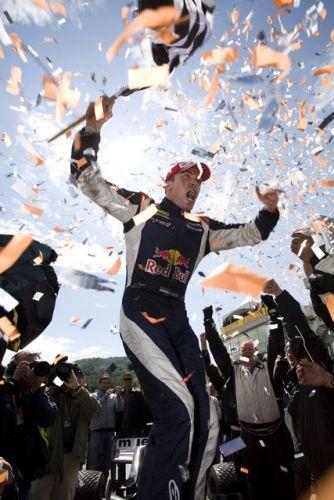 Robert Doornbos viert zijn eerste overwinning