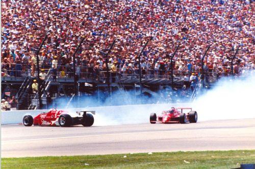 De legendarische Spin and Win van Danny Sullivan in de Indy 500 van 1985