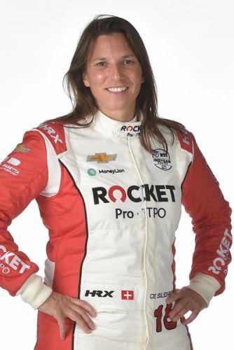 Simona de Silvestro pasfoto