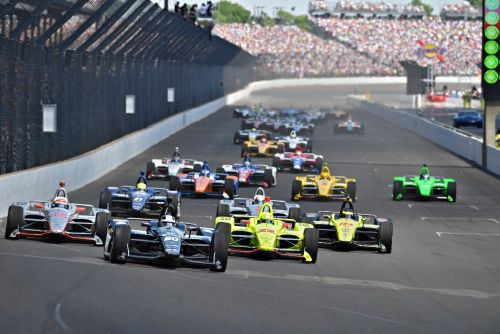 De start van de Indianapolis 500 in 2018