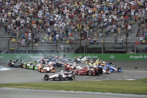 Scott Dixon, Will Power bij de Start van de Grand Prix of Indianapolis