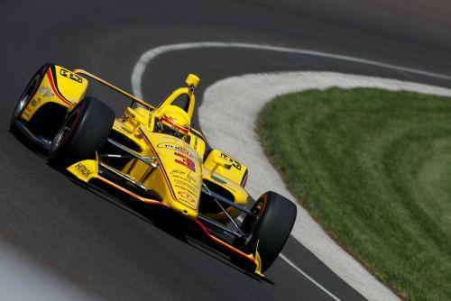 Helio Castroneves test voor de Indy 500