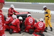 Dario Franchitti heeft versnellingsbakproblemen op de Iowa Speedway