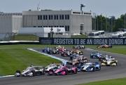 Will Power leidt het veld vlak voor de start van de GMR Grand Prix