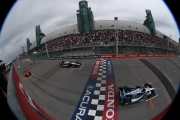 Helio Castroneves en Will Power staan klaar voor de start in Toronto
