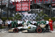 Mike Conway wint in Long Beach