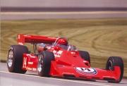 AJ Foyt op weg naar de zege in de Indy 500 in 1977