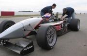Ben Jamini test de oude Atlantic wagen voor Bite Racing