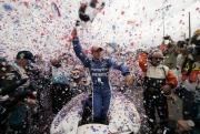 AJ Allmendinger wint zijn eerste race op Portland