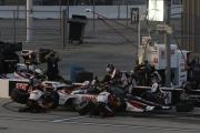 Rinus VeeKay maakt een pitstop op de Iowa Speedway