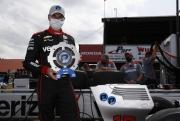 Will Power met de NTT P1 Award op Mid-Ohio