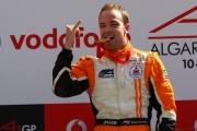Robert Doornbos wint de A1GP sprint race in Portugal