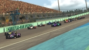 De start van de IndyCar iRacing race op Homestead