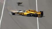 Spencer Pigot crasht in de trainingen voor de Indy 500