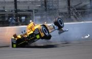 Spencer Pigot crasht in Indianapolis