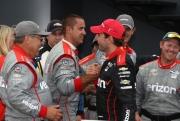 Will Power bedankt zijn crew na de Honda Indy Toronto