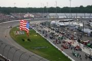 Teams prepareren zich voor de Richmond race