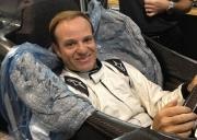 Rubens Barrichello maakt een stoeltje bij KV Racing