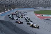 Josef Newgarden leidt de start op de Texas Motor Speedway
