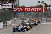 Alexander Rossi leidt de herstart in Long Beach